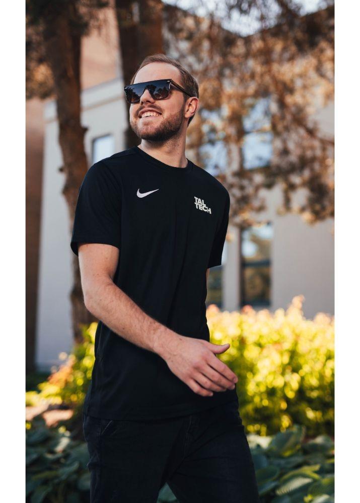 Nike black sports shirt for men