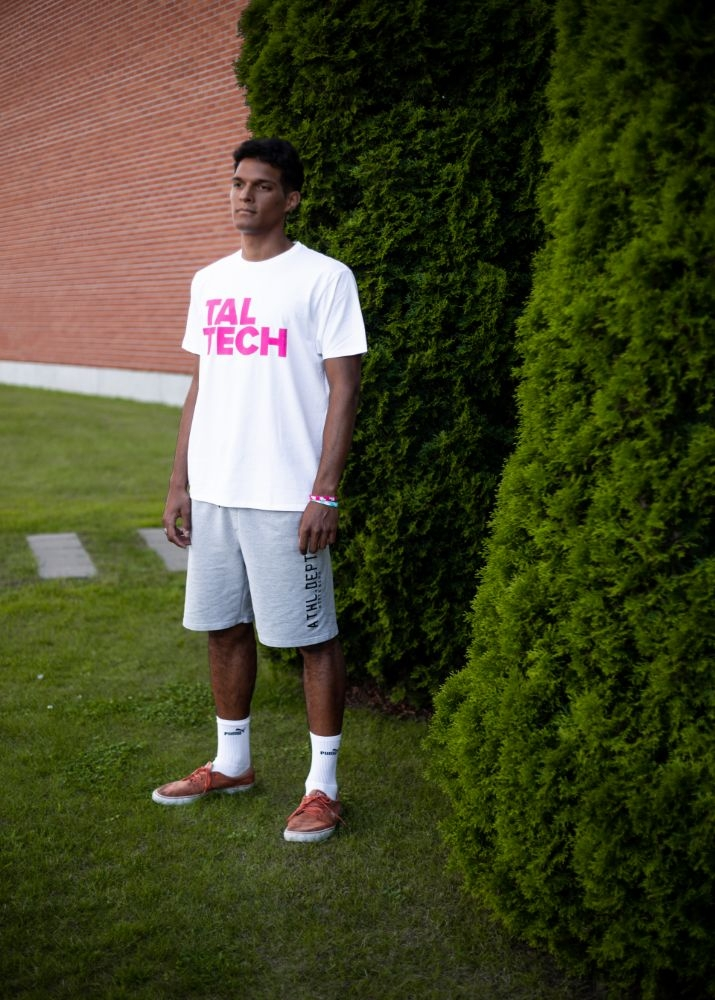 White T-shirt with pink logo for men